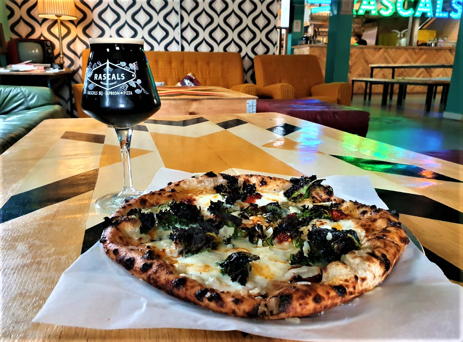 Tasty Irish craft beer from Rascals Brewing and a fresh wood-fired pizza, the best in Dublin