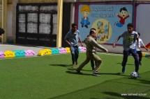 أنشطة رياضية بين الآباء والأبناء بفرع معين إنجليزي (3)
