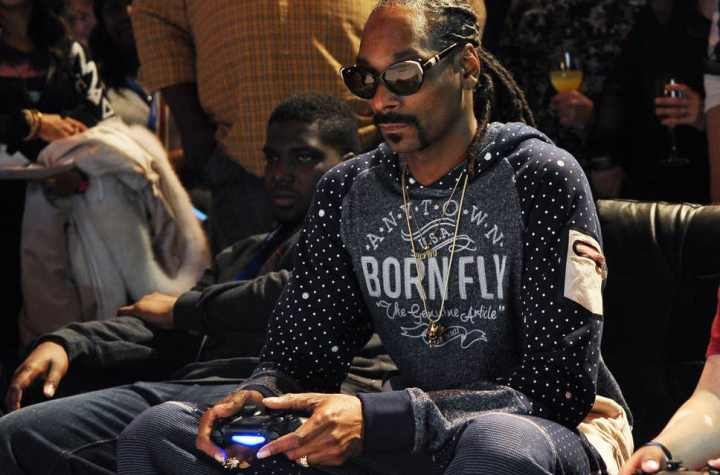SNOOP DOGG LASHES OUT AT BILL GATES IN INSTAGRAM RANT AFTER XBOX LIVE GOES DOWN