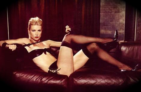 Gwyneth Paltrow Shares Nude Pregnant Throwback Photo
