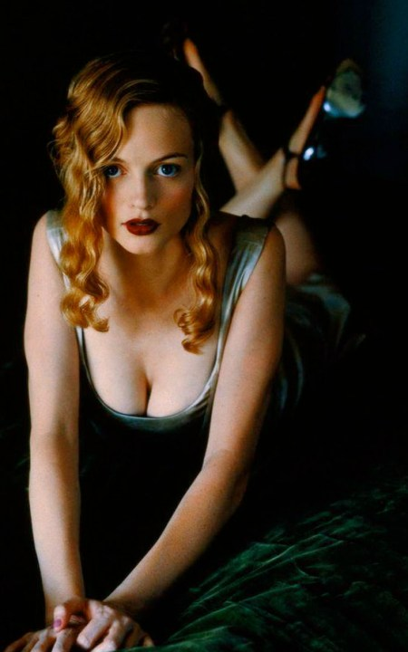 heather-graham-photos-sexy-04