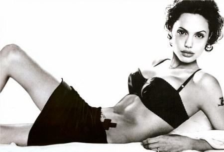 Angelina-Jolie-004