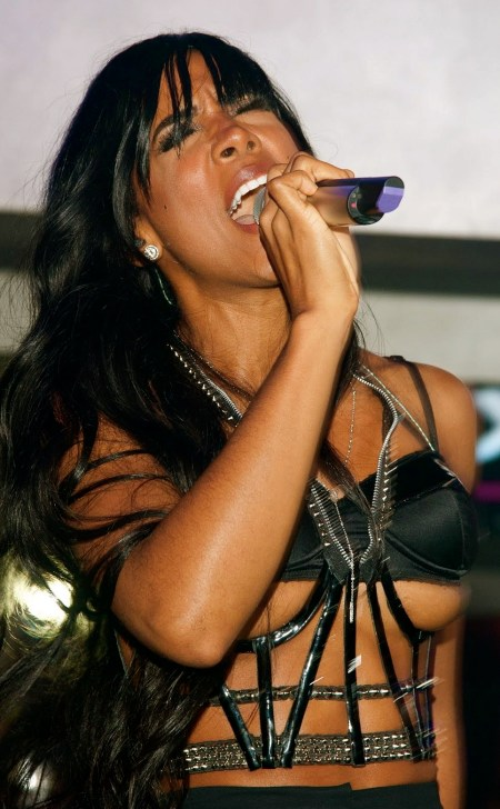 Kelly Rowland On Stage Double Nipple Slip www.GutterUncensored.com 008