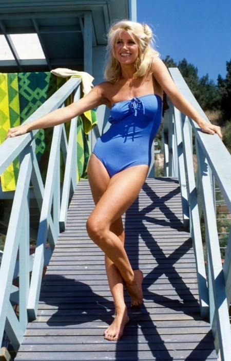 Suzanne-Somers-016