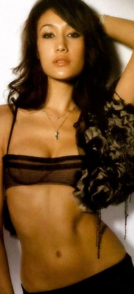 sexy_maggie_q_59331-1400x1050