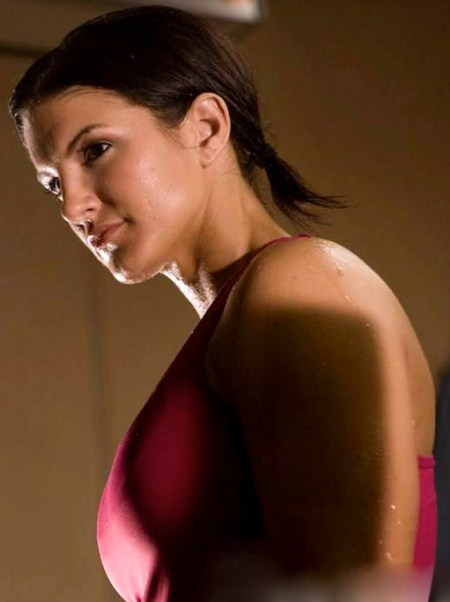 girls-gina-carano-beautiful-photos-hd-wallpaper-of-celebrity-hot-wallpaper-2013-ufc-sport-artist-gina-carano