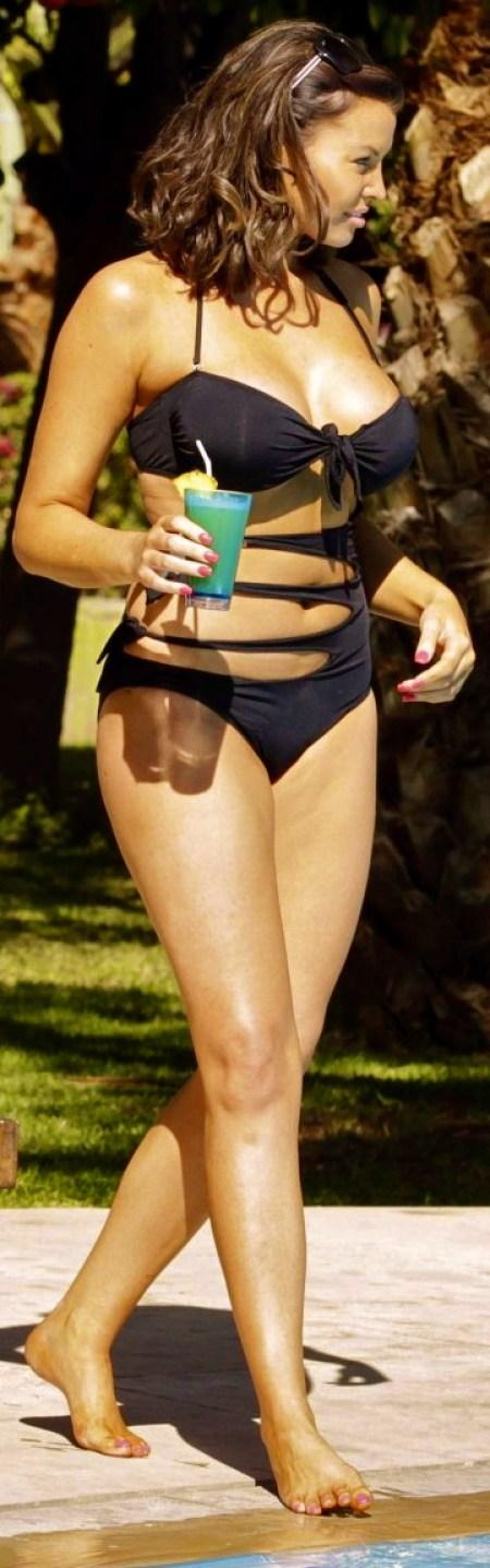 Jessica-Wright-Bikini-Photos--2014-in-Marrakech--09-720x1250