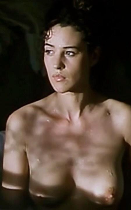 Monica-Bellucci-Topless-in-movie