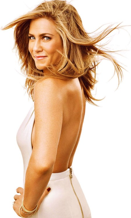 54bbdfa81d8e4_-_hbz-jennifer-aniston-december-january-2015-01-lg