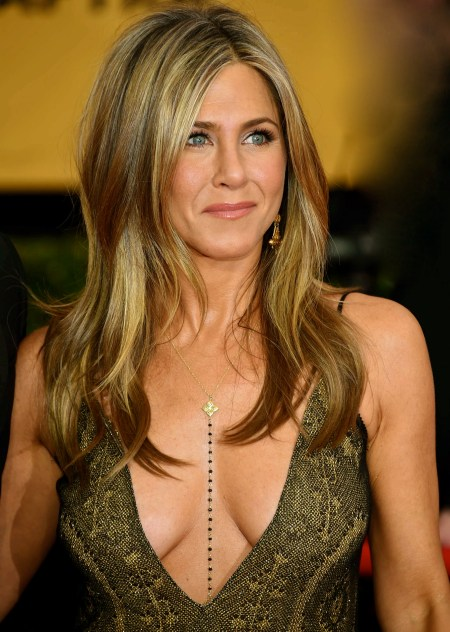 Jennifer-Aniston--2015-SAG-Awards--11