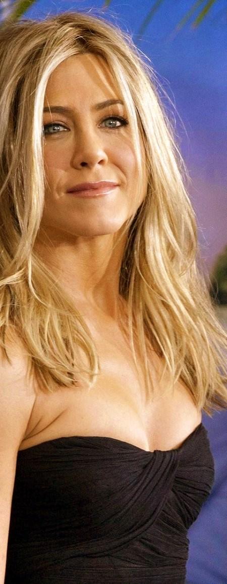 jennifer-aniston-messy-hair-fa-hair-cb9337bc8a0cde6ee31a94a201f0333d-large-50241