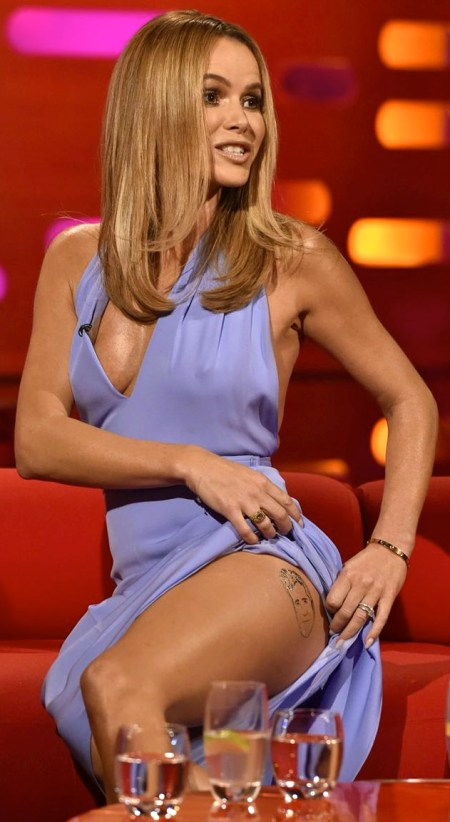 Amanda-Holden-during-filming-of-The-Graham-Norton-Show