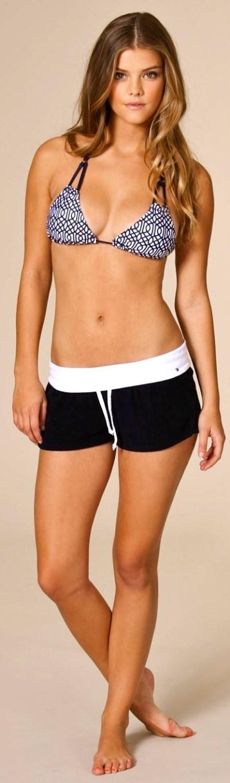 nina-agdal-nelly-swimwear-1102184981