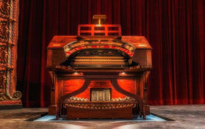 Mighty Wurlitzer Theatre Organ | Courtsey of Tampa Theatre