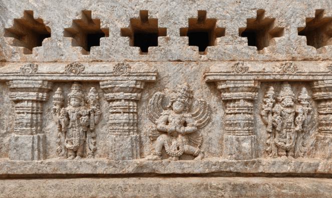 Outer walls of Panchalingeshwara temple, Govindanahalli