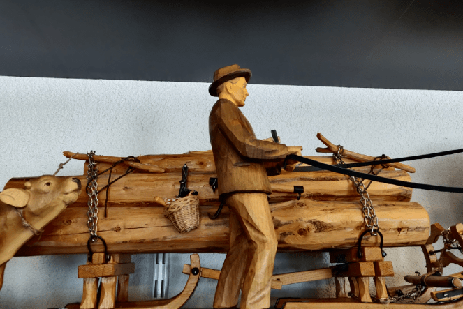 Wooden souvenirs from Brienz