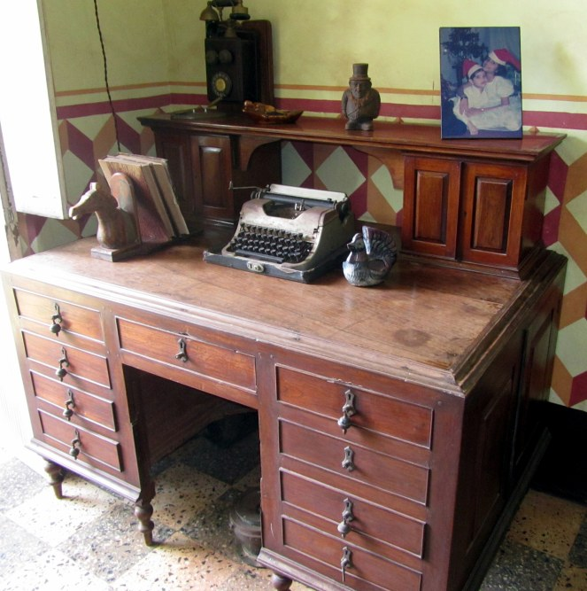 The study table with the ancient typewriter