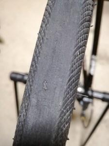 ロードバイク タイヤ スリップサイン エスポワールスポーツ