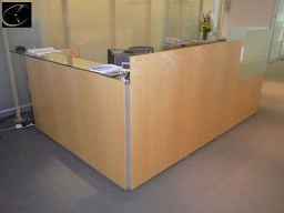RECEPTION DESK DATESWEISER 118?W X 74?D, LIGHT CHERRY WOOD PANELS WITH FROSTED GLASS PRIVACY SCREEN AND BLACK SURFACE WITH METAL TRIM, RIGHT SIDE 2 DRAWER LATERAL FILE & LEFT SIDE 3 DRAWER PED FILE
