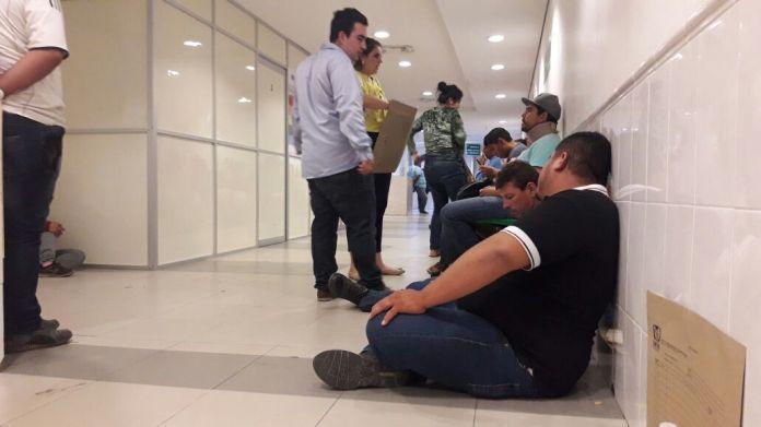 Insensible el IMSS de Mazatlán; pacientes, esperan servicio desde ...
