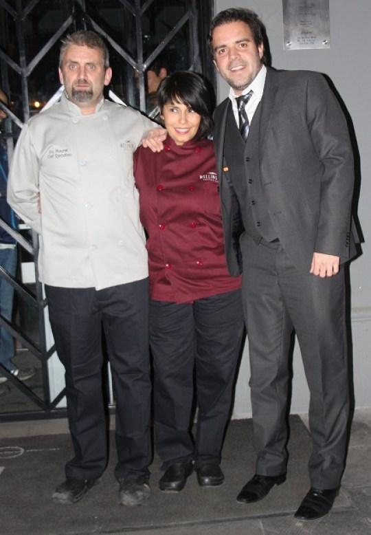 Los chefs Eric Mourat, Zitlali Gurría, y el duelño Pablo García