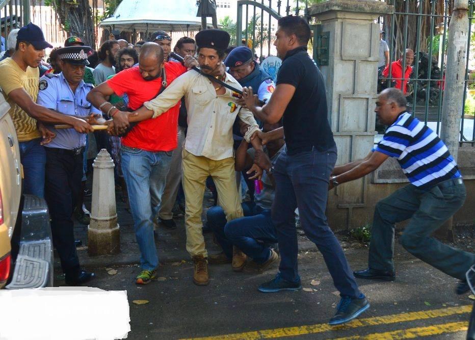 mauritus rasta arrested
