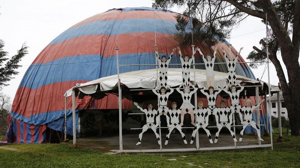 Carpa del circo de los muchachos