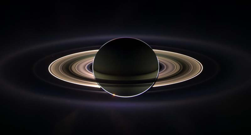saturn_from_cassini