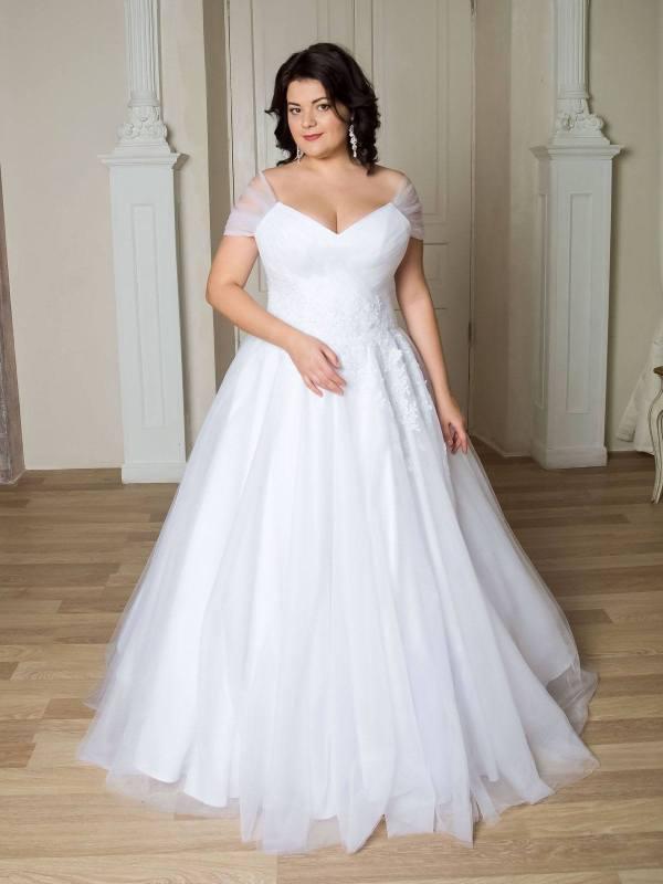 Модные свадебные платья для полных: 100+ лучших моделей на ...