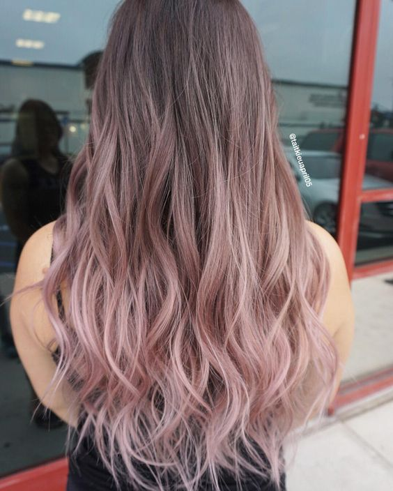 The most fashionable types of dyeing for long hair 15