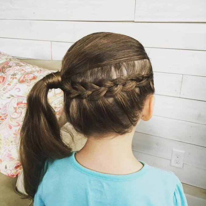 Simple and trendy hairstyles to school 9