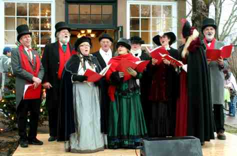 Sing classic Christmas carols. | CC by 2.0, Massachusets Office of Travel and Tourism via Flickr.com