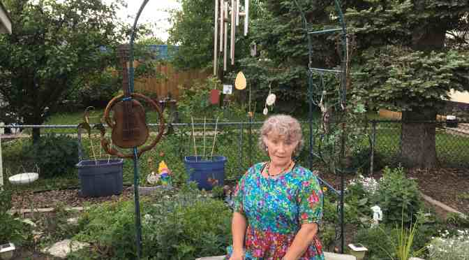 "<span class=""entry-title-primary"">Local resident has created her own oasis</span> <span class=""entry-subtitle"">Colyn O'Reilly shares tips to creating backyard bliss</span>"