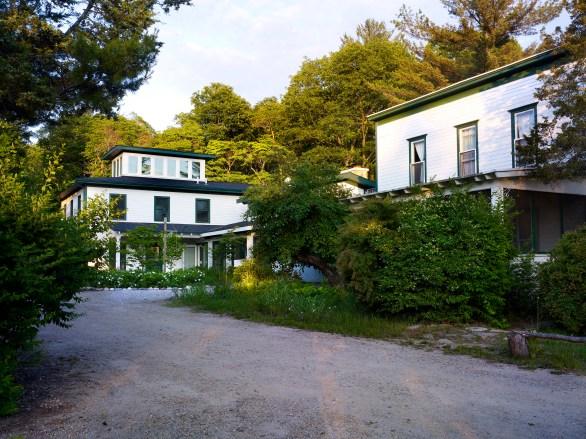 Artist-Residency-Ox-Bow-School-Arts