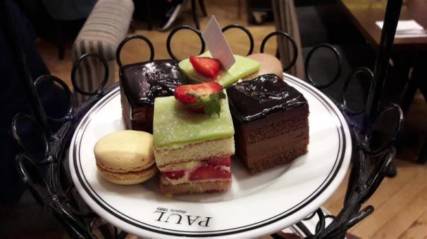 Le Restaurant de Paul Cakes
