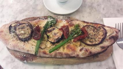 Spaghetti House Monte Bianco Pizza
