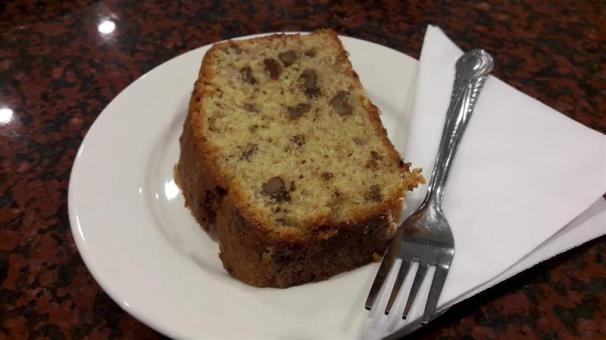 Sol e Mio Banana and Walnut Cake