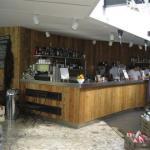 Serpentine Bar and Kitchen counter