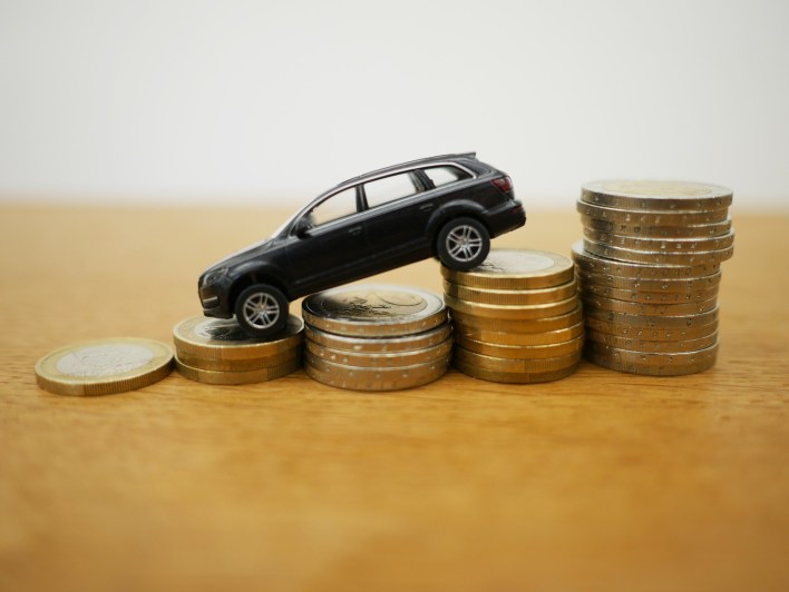 auto loan payments becoming lower