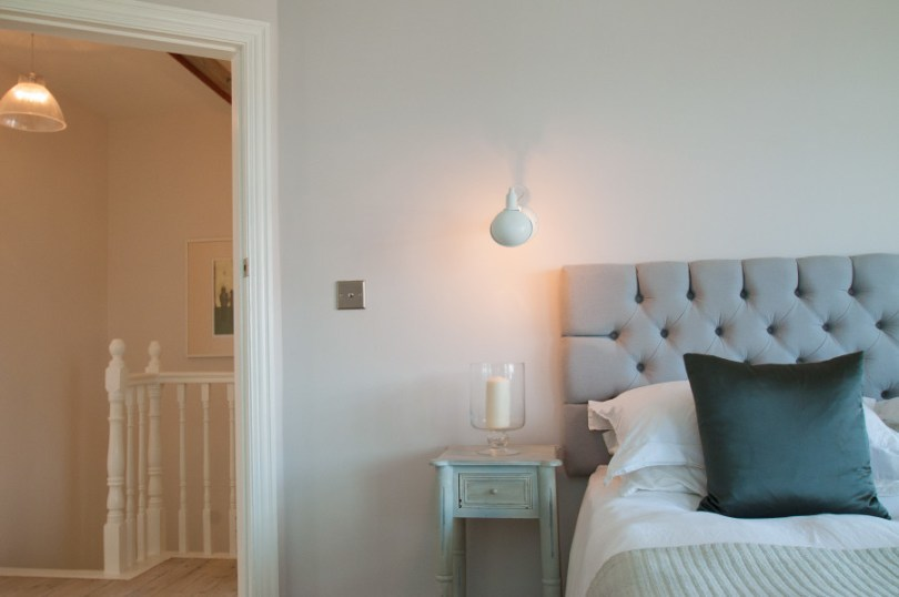 Cosy bedroom colours