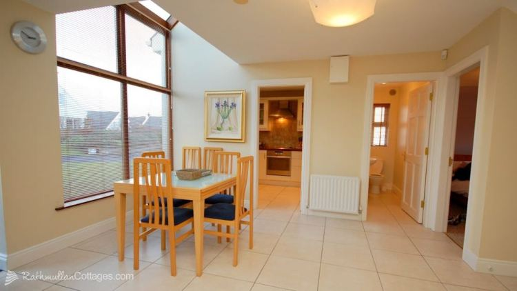 Dining area - Clearwaters Holiday Cottage Rathmullan