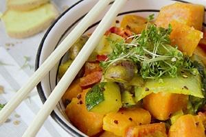 Curry Schüssel Stäbchen