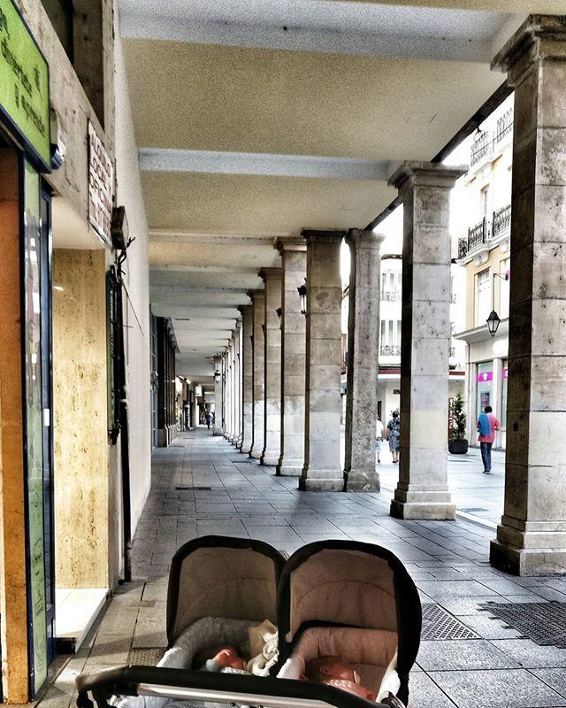 Posiblemente los mejores soportales del mundo #Palencia #igerspalencia #picoftheday #visitafugaz #verano