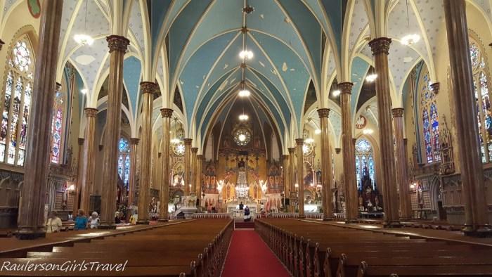 Nave & Sanctuary of St. Albertus Polish Church