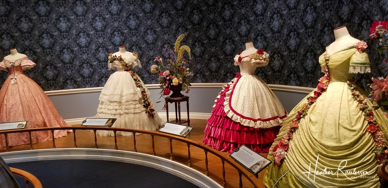 Fashion dresses of Mary Lincoln's Peers