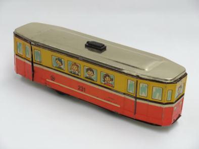 tramvai-anii-copilariei-comuniste