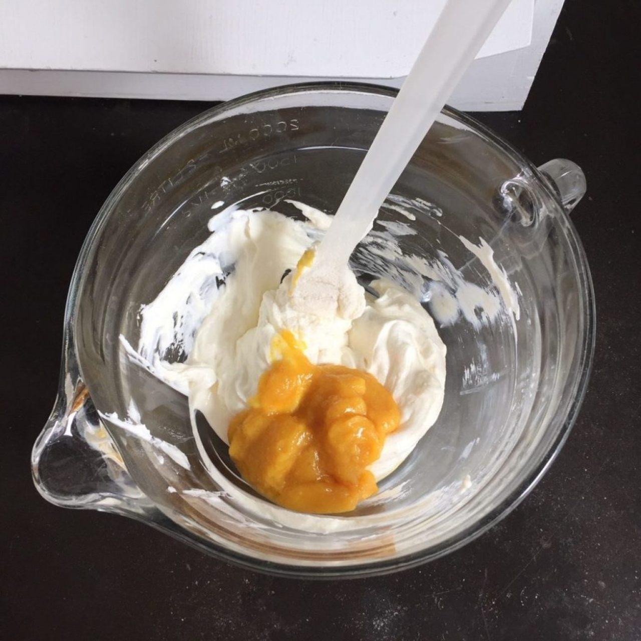 orangenmus und frischkäse. top frosting. low carb