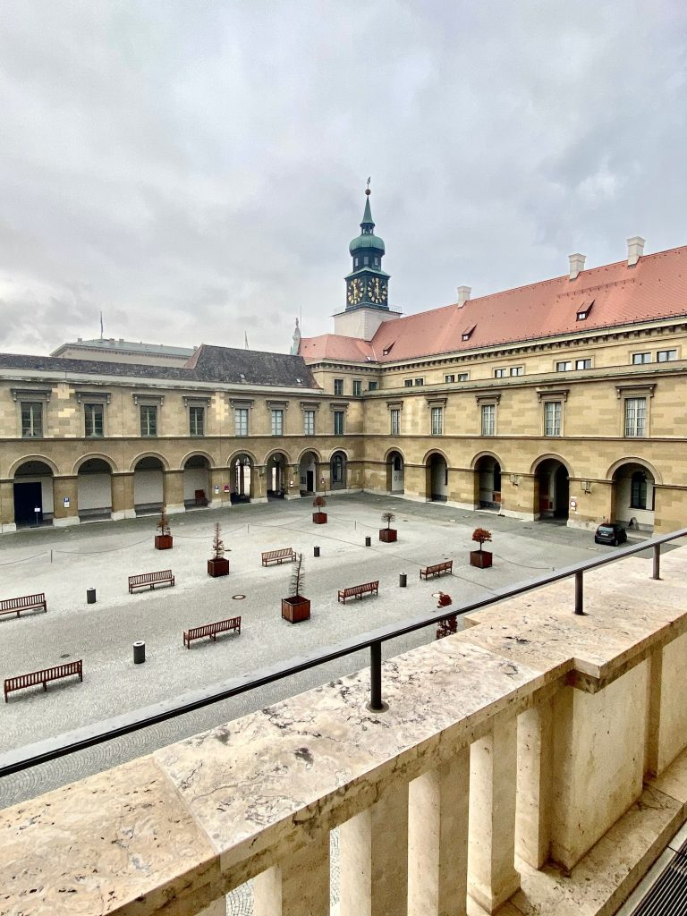 Corona München Residenz