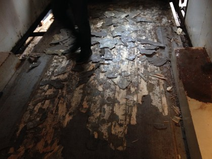 Ärcheologische Ausgrabungen bei 15 cm Bodenaufbau
