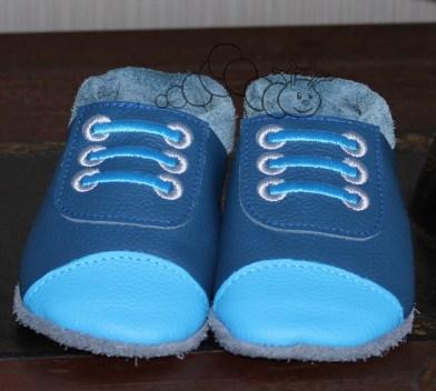 Sneaker-Puschen mit Fakekordeln